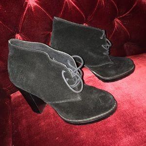 Cute Little Black Heeled Booties 🖤🖤